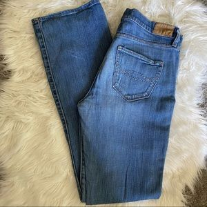 """Abercrombie & Fitch """"Emma"""" Bootcut Jeans Size 6R"""